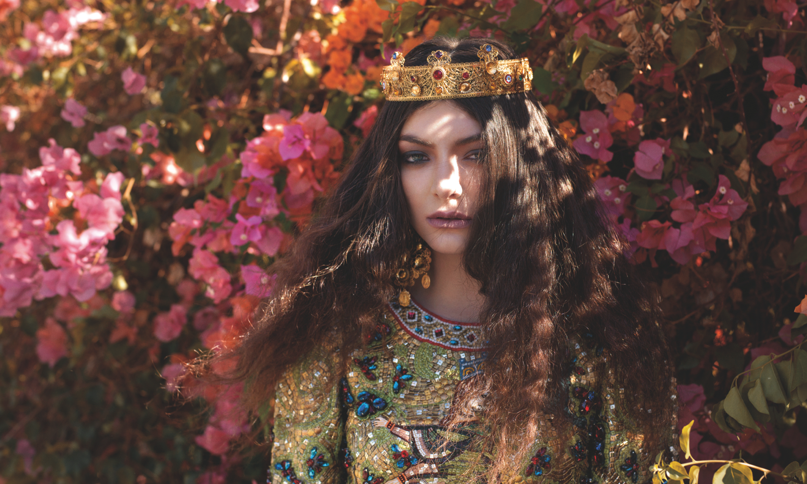 Lorde announces new US Tour beginning in August.