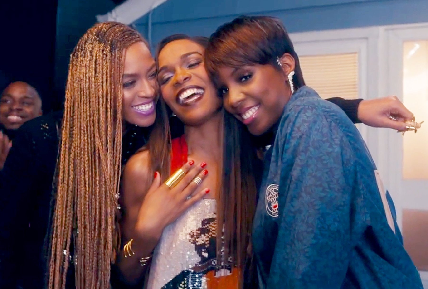destinys-child-beyonce-michelle-williams-kelly-rowland-zoom