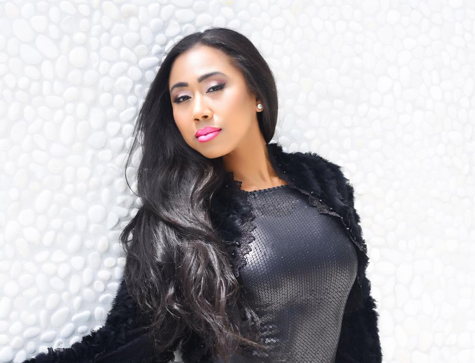 Trending R&B Singer Miesa